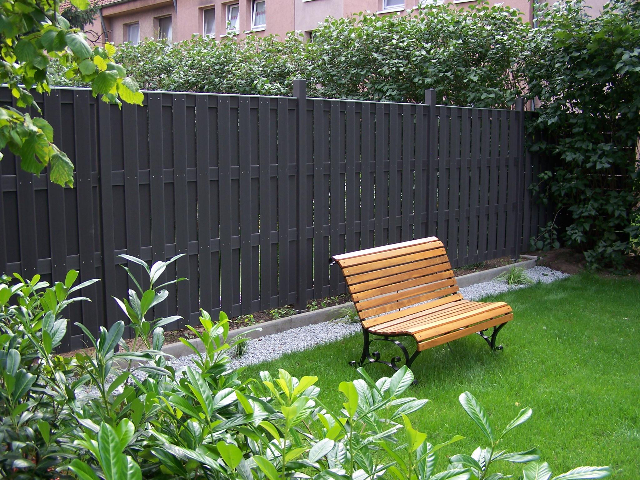 wpc sichtschutz grau stunning wpc sichtschutz zaun windschutz garten holz kunststoff terrasse. Black Bedroom Furniture Sets. Home Design Ideas